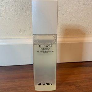 CHANEL Makeup - Chanel Brightening Moisturizing lotion plus bonus